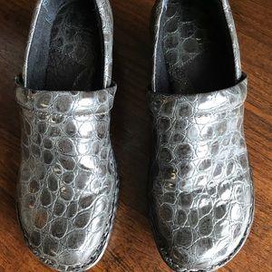 Grey snake skin BOC born clogs